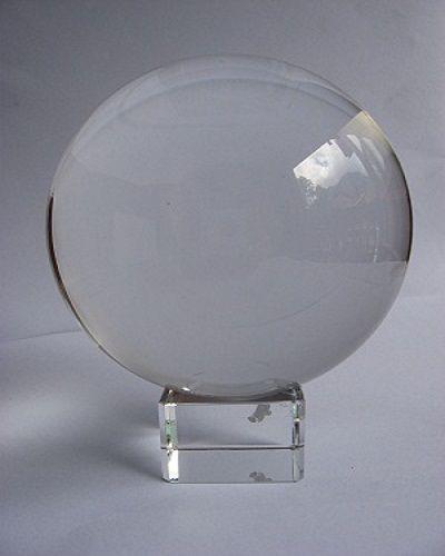 Boule de cristal 7,5 cm