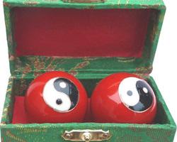Boules de santé Qi-Gong  rouge avec Yin Yang