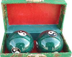 Boule de santé Qi-Gong verte avec Yin Yang